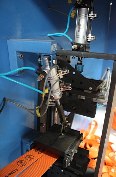 Bag Belt Webbings Automatic Cutting and Winding Machine
