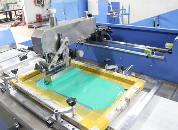 Multicolors Washing Care Labels Automatic Screen Printing Machine with Ce