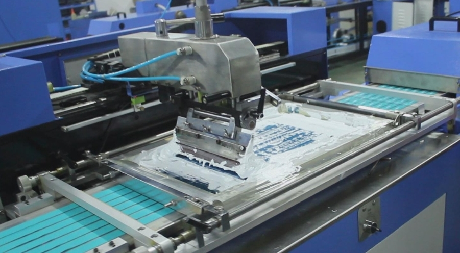 Fully Auto Label Ribbon Screen Printing Machine with CE Certificate