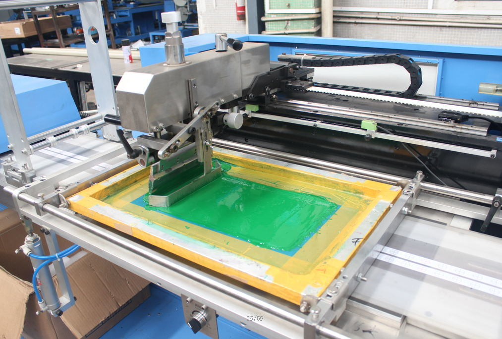 Apparel Label/Satin Label Automatic Screen Printing Machine for Sale