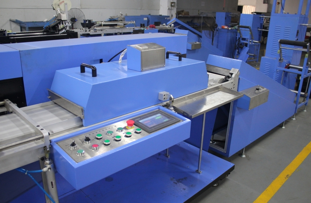 Factory wholesale Polyester Bag Belt Starching And Finishing Machine - Elastic Tapes Automatic Screen Printing Machine with 30cm Width – Kin Wah
