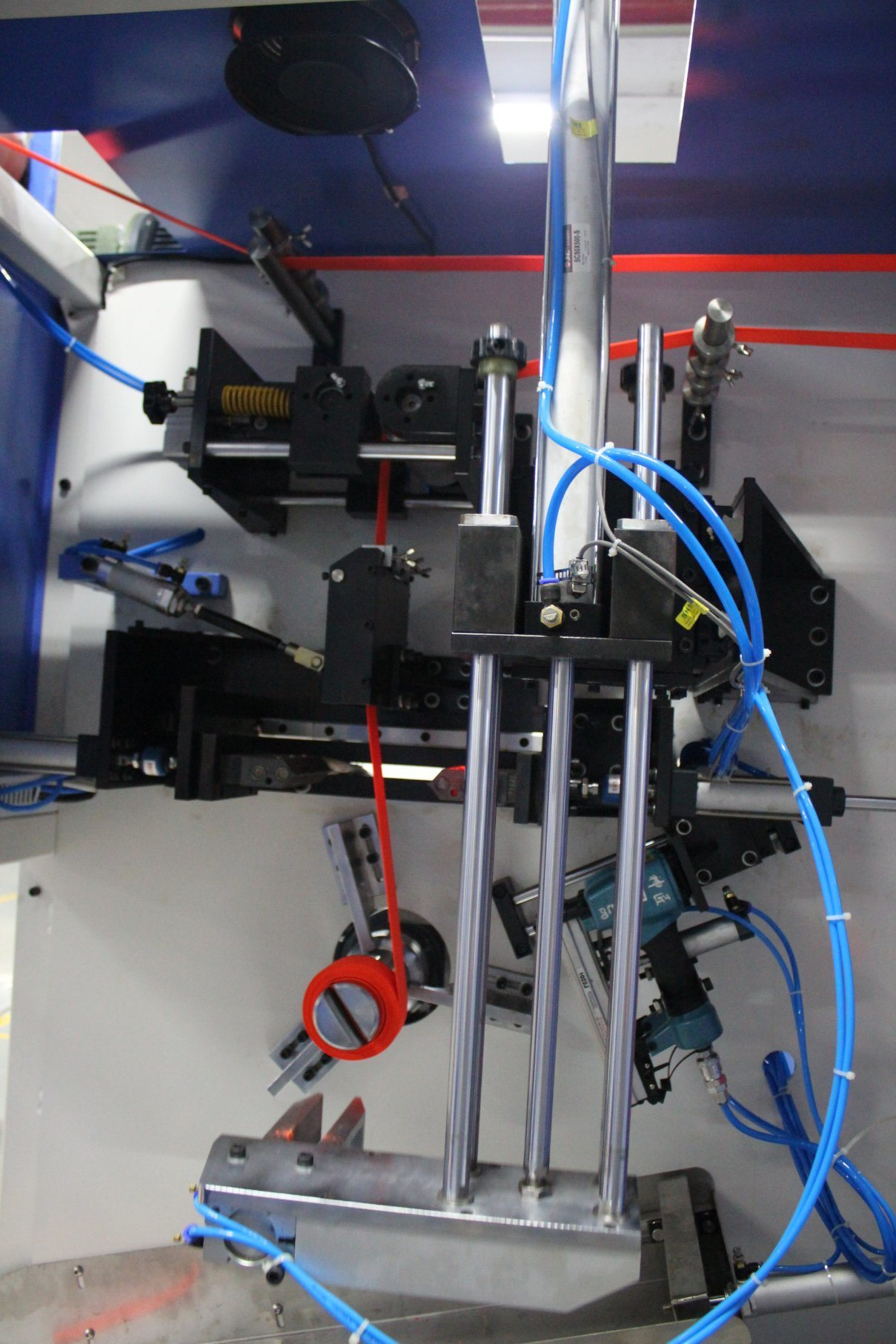 OEM/ODM Factory Harness Webbings Dyeing And Finishing Machine - Bag Belts Automatic Cutting and Winding Machine for Sale – Kin Wah