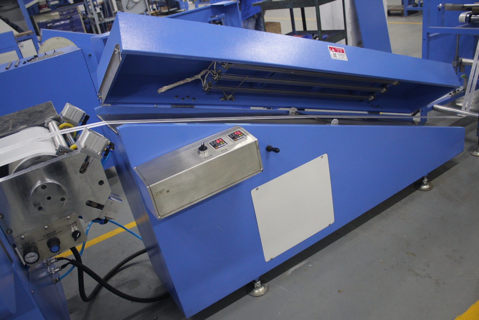 Single Color Woven Labels Automatic Screen Printing Machine