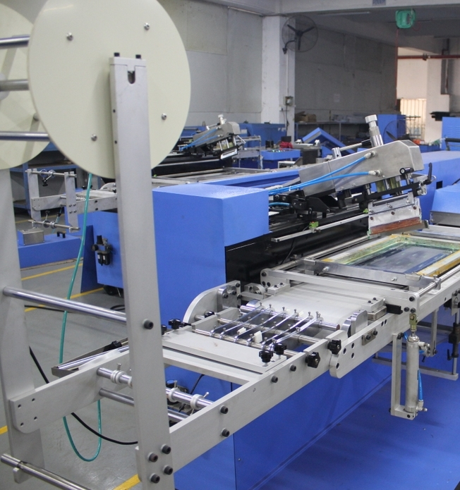 New Delivery for Cylindrical Screen Printer For Drink Bottle - 2 Colors Clothing Labels Automatic Screen Printing Machine with Enclosure – Kin Wah