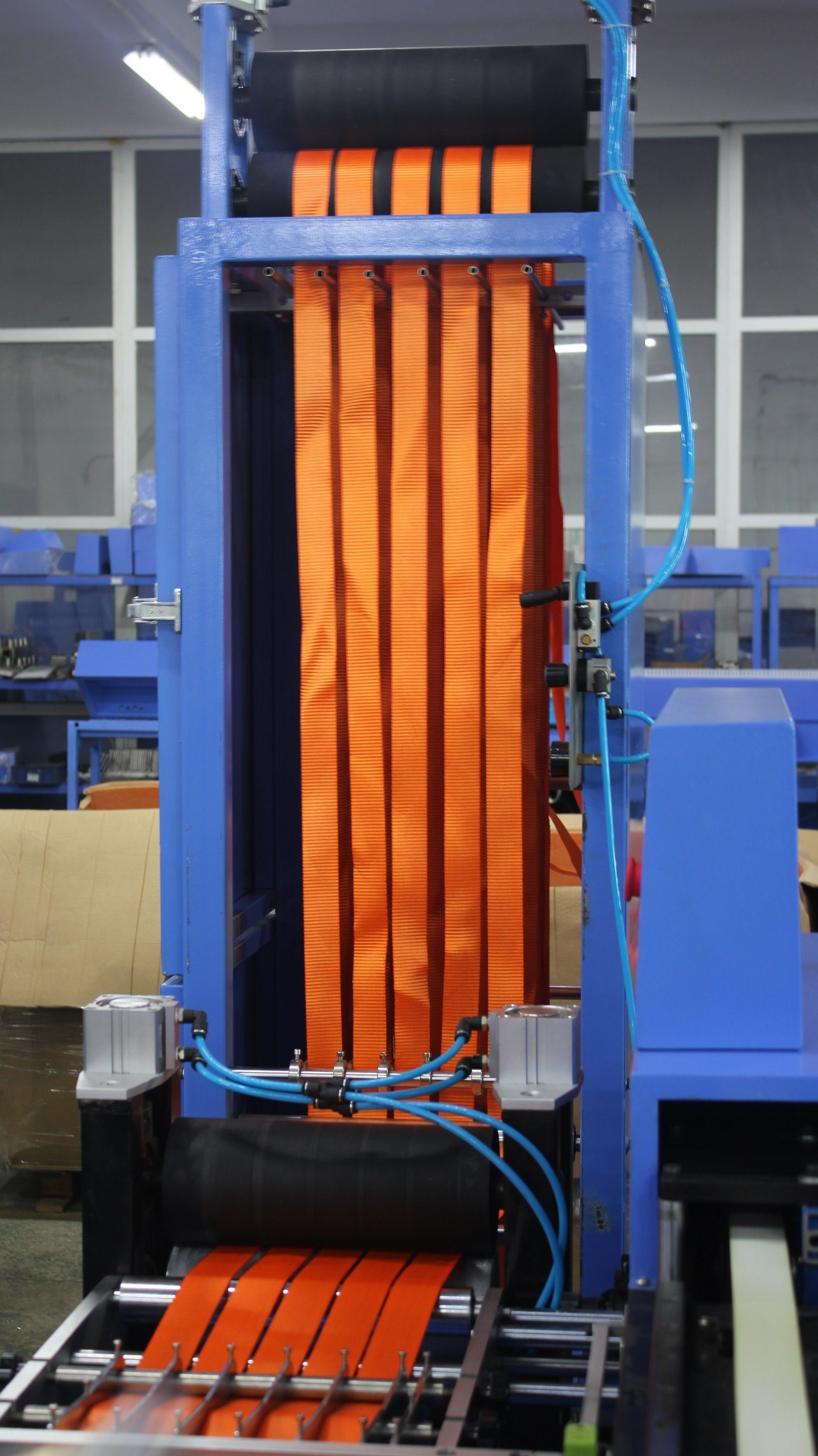 Low MOQ for 6 Heads Labels Winding Machine - Fully Servo Screen Printing Machine for Lashing Straps – Kin Wah