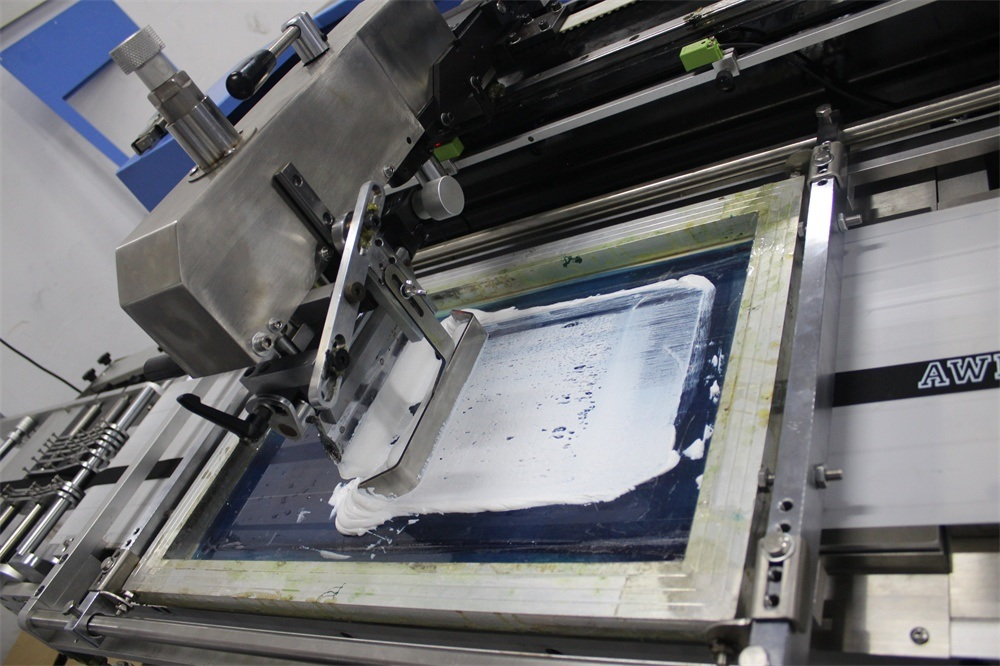 factory customized Bag Belt Silk Screen Printing Machine - 30cm Width Single Color Labels Screen Printing Machine – Kin Wah